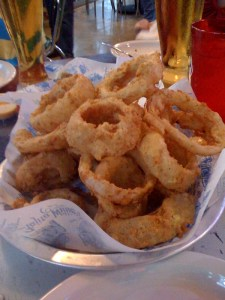 Look at this mound of delicious onion rings!