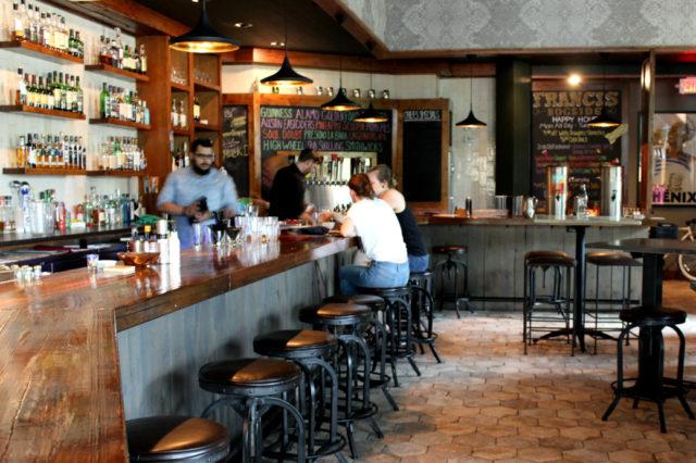 Bar Francis Bogside-2