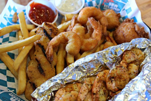 shrimp-feast-sea-island