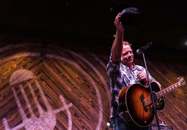 Pat-Green-Performing-Rustic-San-Antonio