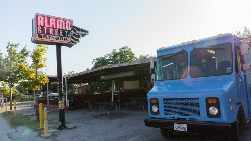 Food Trucks and Cold Pints at Alamo Street Eat Bar