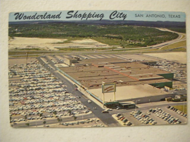 Wonderland Mall Vintage Postcard